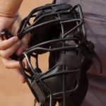 Umpire's face mask